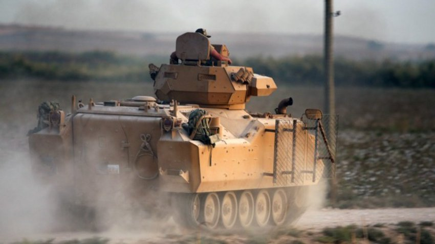 Αμερικανοί στρατιωτικοί κινδύνευσαν από πυρά της Τουρκίας κοντά στην πόλη Κομπάνι, σύμφωνα με το Πεντάγωνο