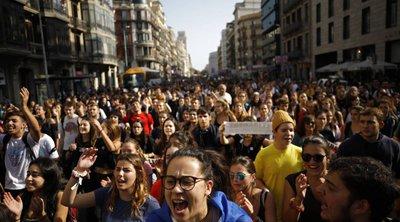 Παραλύει σήμερα η Καταλονία - Γενική απεργία και καταλήψεις αυτοκινητοδρόμων