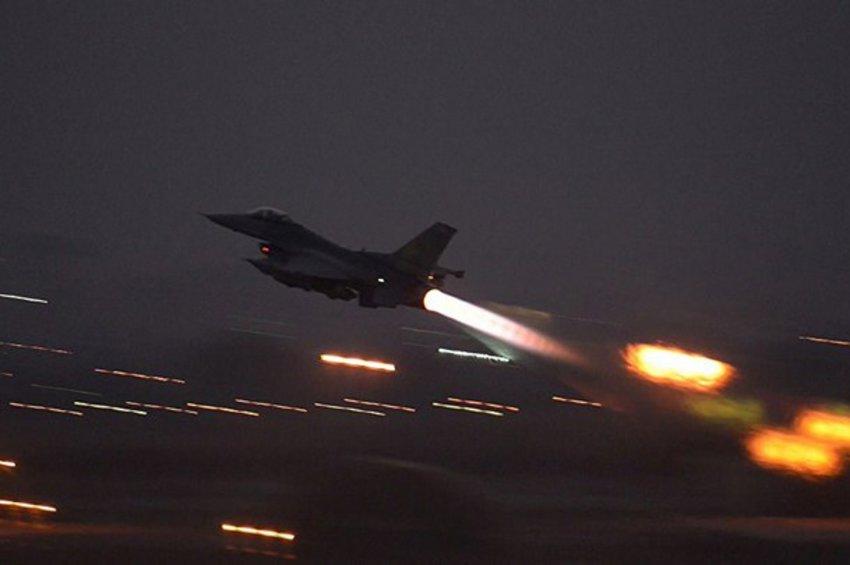 Επίδειξη δύναμης από αμερικανικό πολεμικό αεροσκάφος στη Συρία