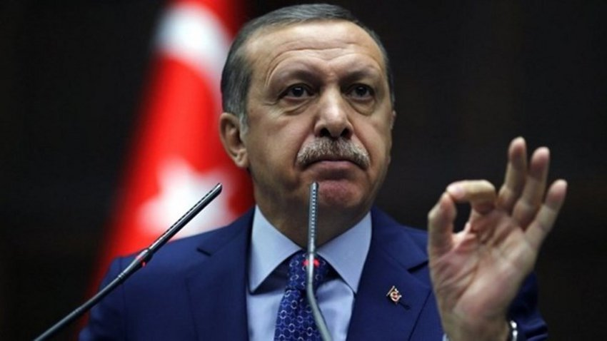 Τα γυρίζει ο Ερντογάν: «Θα δω Πενς και Πομπέο», ενώ έλεγε: «Μιλάω μόνο στον Τραμπ!»