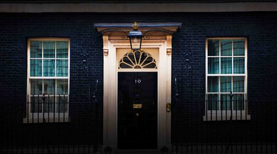 Βρετανία-κορωνοϊός: Σε απομόνωση ο υπουργός παρά τω πρωθυπουργώ