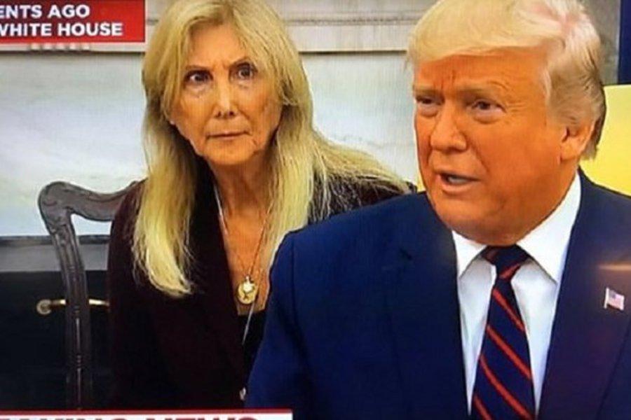 Τα μαργαριτάρια του Τραμπ σόκαραν τη μεταφράστρια - Η φωτογραφία με την αντίδρασή της έγινε viral - ΒΙΝΤΕΟ
