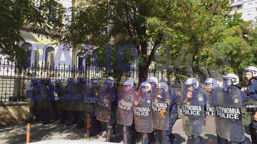 Συγκρούσεις και χημικά στην πορεία φοιτητών στη Θεσσαλονίκη - ΒΙΝΤΕΟ