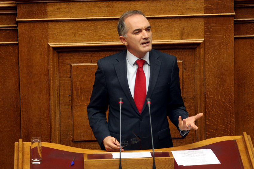Παρέμβαση Σαλμά καταγγέλλει η Ένωση Δικαστών και Εισαγγελέων - Παρεξήγηση απαντά ο βουλευτής - Παραίτηση ζητά ο ΣΥΡΙΖΑ