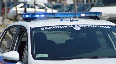 Συναγερμός στην ΕΛ.ΑΣ.: Δραπέτης έκοψε το «βραχιολάκι» και εξαφανίστηκε