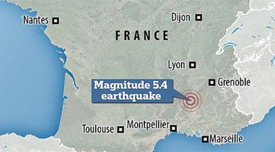 Τρόμος στην Γαλλία από τον ισχυρό σεισμό