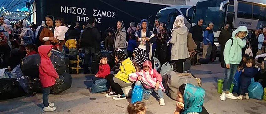 Νέες αφίξεις προσφύγων και μεταναστών στον Πειραιά από τα νησιά