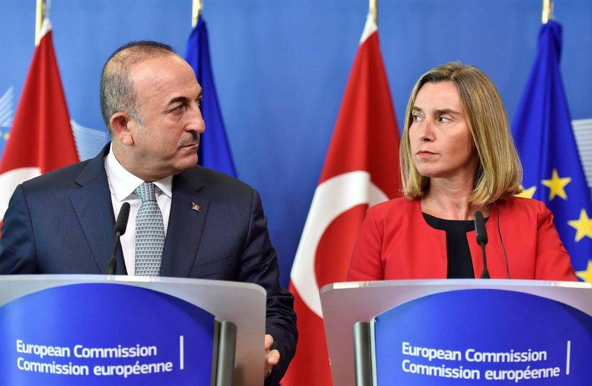 Τουρκικό ΥΠΕΞ: Συνεχίζουμε τις γεωτρήσεις - Μογκερίνι: Ταυτοποίηση προσώπων το επόμενο βήμα για τις κυρώσεις