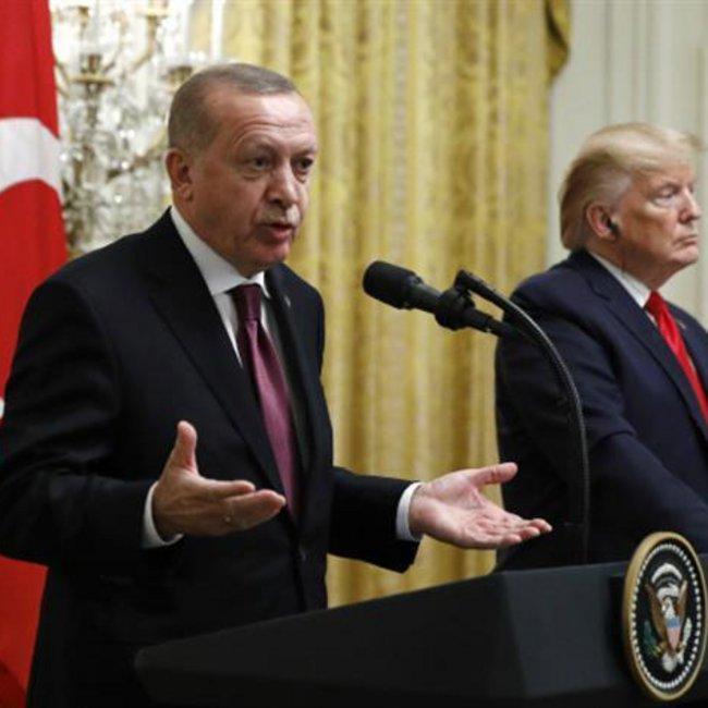 Tο «άδειασμα» Ερντογάν στον Τραμπ για τους S-400 και το «καρφί» για την Ελλάδα