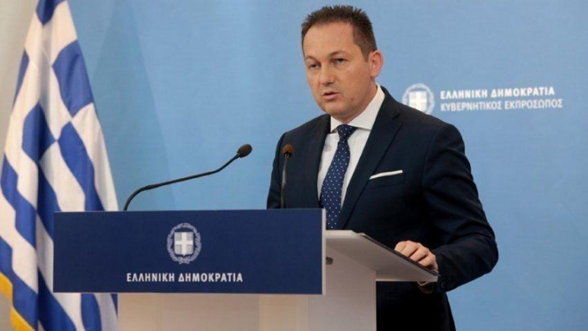 Ξέσπασε κόντρα για το υπουργείο Μεταναστευτικής Πολιτικής – Η απάντηση Πέτσα στο σχόλιο Τσίπρα