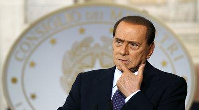 Ιταλία: Ο Σίλβιο Μπερλουσκόνι πήρε εξιτήριο από το νοσοκομείο Σαν Ραφαέλε του Μιλάνου