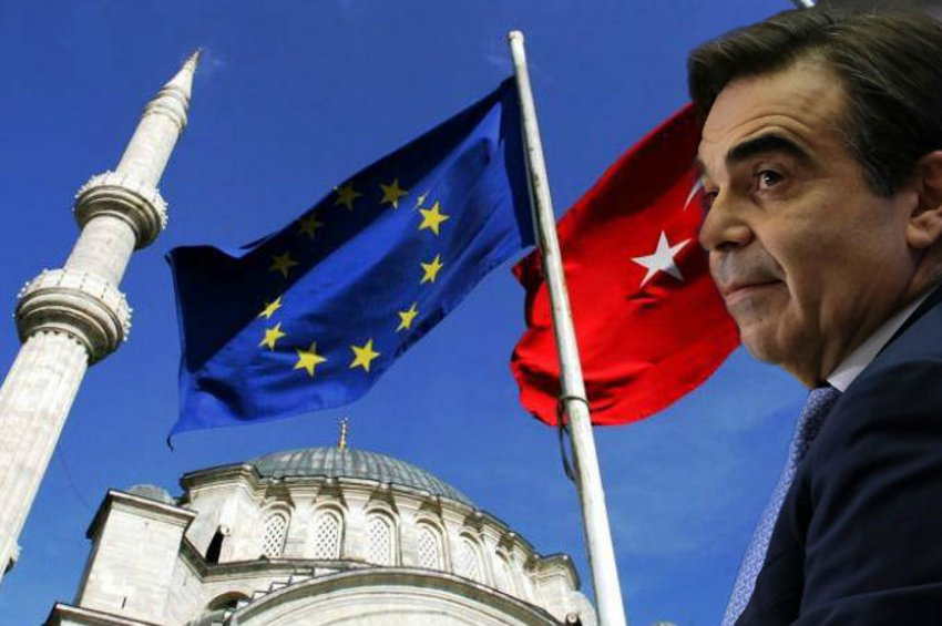 Στην Άγκυρα την Παρασκευή ο Σχοινάς - Ο Κουμουτσάκος κατέθεσε την Ελληνική πρόταση για το μεταναστευτικό