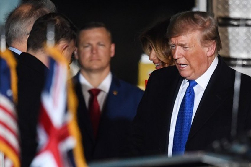 Τραμπ σε Ευρώπη: Τα πράγματα θα γίνουν πολύ δύσκολα αν δεν «συμμαζευτείτε» σε εμπόριο και ΝΑΤΟ