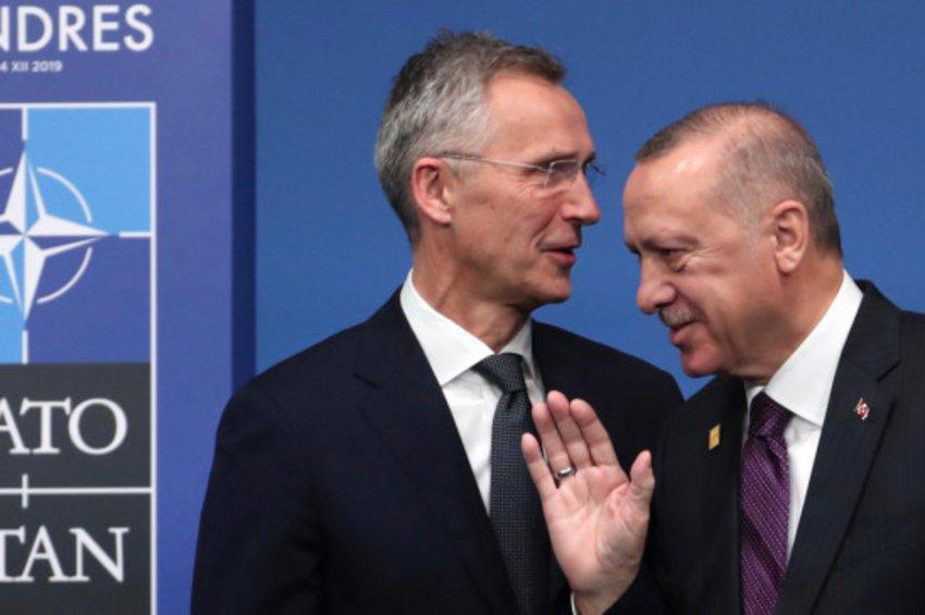 Η Τουρκία υπέγραψε το κοινό ανακοινωθέν του ΝΑΤΟ - Ο Ερντογάν δεν άσκησε βέτο!