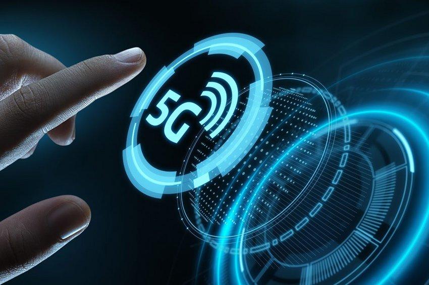 Η Koμισιόν ενέκρινε σήμερα τον εκτελεστικό κανονισμό για την έγκαιρη ανάπτυξη δικτύων 5G στην ΕΕ