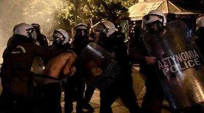Χρυσοχοΐδης: Ψέμα τα περί ακραίας καταστολής - ΣΥΡΙΖΑ: Προσβάλλουν τη νοημοσύνη των πολιτών
