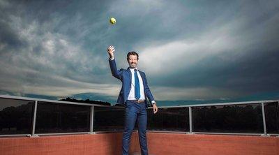 Πατρίκ Μουράτογλου - Το πορτρέτο του πιο ισχυρού προπονητή στον κόσμο του τένις