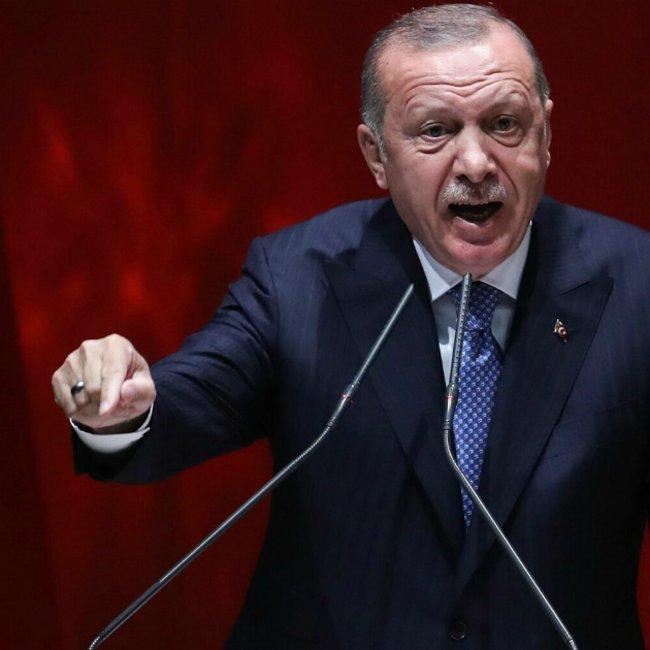 Οργισμένος ο Ερντογάν: Θα μείνουμε στη Λιβύη μέχρι να αναγνωριστούν τα δικαιώματά μας στη Μεσόγειο