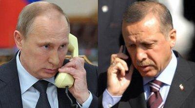 Τηλεφωνική συνομιλία Πούτιν-Ερντογάν: Δεσμεύτηκαν να συνεχίσουν τη συνεργασία σε στρατιωτικό και ενεργειακό τομέα