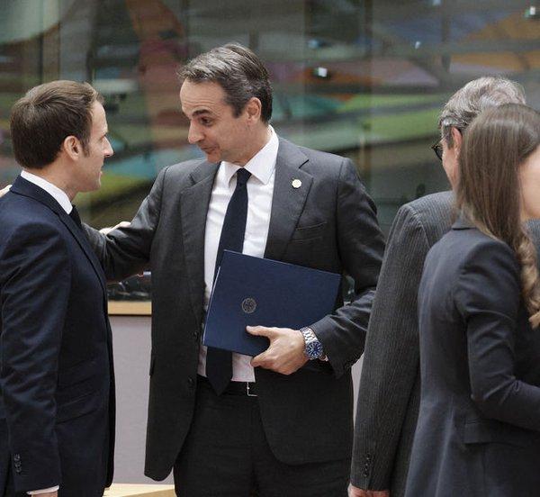 Περισσότερες κυρώσεις στην Τουρκία ζητά ο Μητσοτάκης στο δείπνο Ευρωπαίων ηγετών
