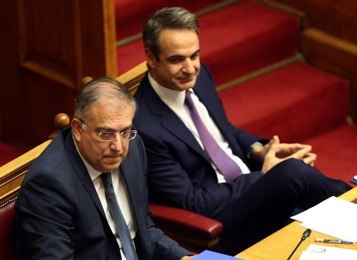 Με κοινοβουλευτική συναίνεση και συντριπτική πλειοψηφία πέρασε η ψήφος των αποδήμων