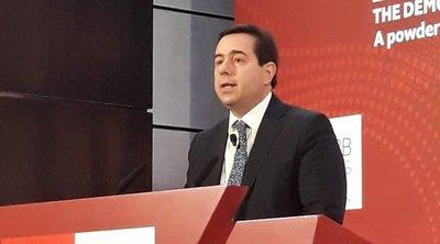 Μηταράκης στο συνέδριο του Economist: Το δημογραφικό επιτάσσει μεικτά συστήματα κοινωνικής ασφάλισης