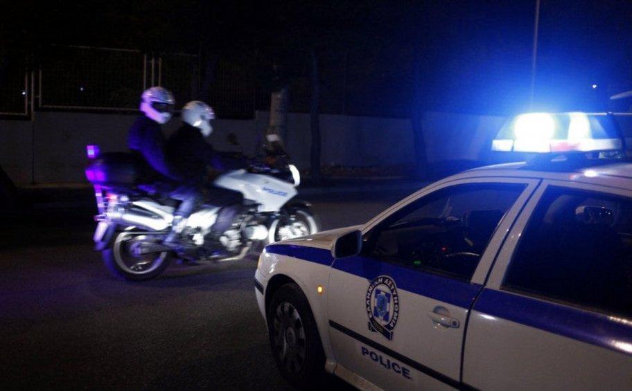 Ληστεία με καλάσνικοφ σε κατάστημα στους Θρακομακεδόνες - Πελάτης λιποθύμησε στη θέα των ενόπλων