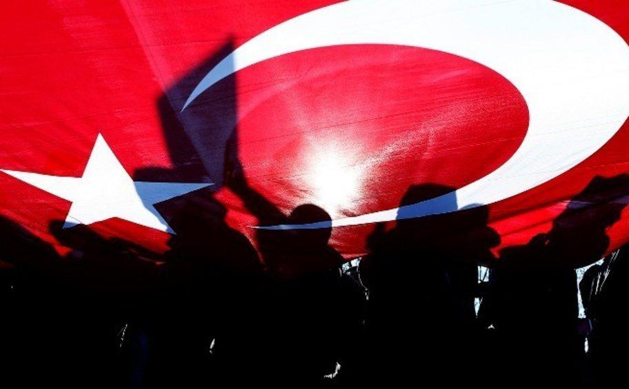 Υπ. Εξωτερικών Τουρκίας: Η συμπεριφορά της ΕΕ δεν θα αποτρέψει την υπεράσπιση των δικαιωμάτων της χώρας μας