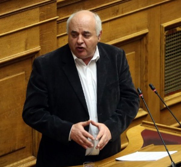 Ν. Καραθανασόπουλος: Ο προϋπολογισμός αποδέχεται τη λογική της ενισχυμένης εποπτείας και τα «ματωμένα» πρωτογενή πλεονάσματα