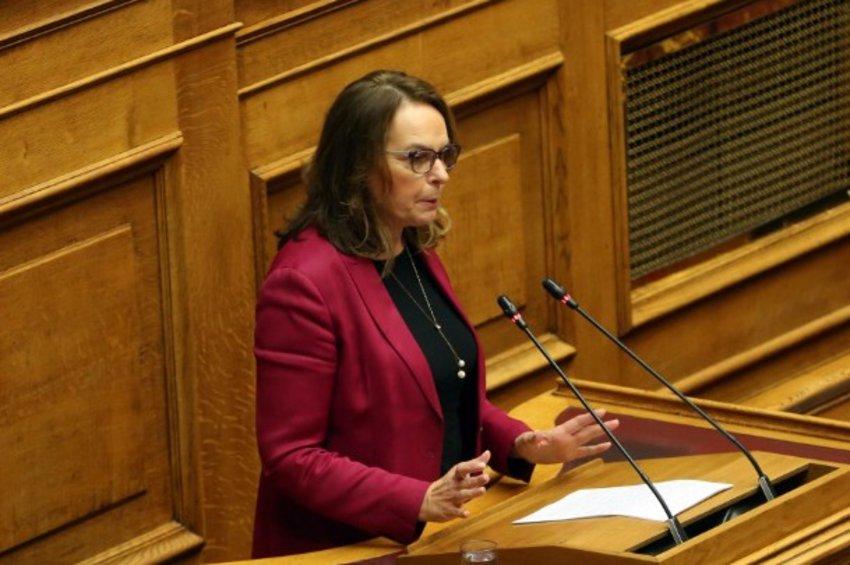 Παπανάτσιου: Βαθιά ιδεοληπτικός ο νέος προϋπολογισμός, υπηρετεί τη νεοφιλελεύθερη πολιτική της ΝΔ