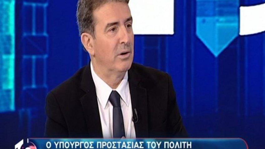 Χρυσοχοΐδης: Στις καταλήψεις είναι πολλά παιδιά εύπορων οικογενειών και κάτω από τον τσιμεντόλιθο ο ανώνυμος αστυνομικός των 800 ευρώ