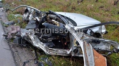 Με αίμα βάφτηκε η άσφαλτος: Δυο νεκροί και τέσσερις τραυματίες – Άμορφη μάζα σιδερικών τα οχήματα
