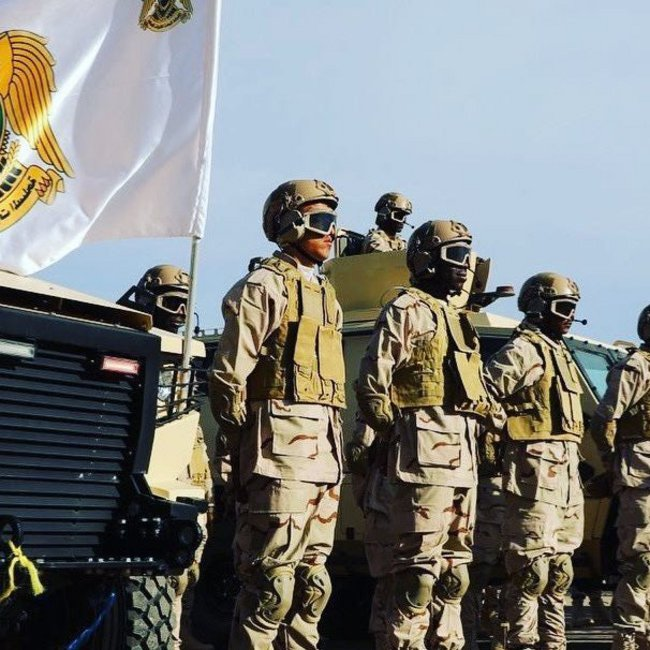 Ο στρατάρχης Χαφτάρ «ακυρώνει» τη Διάσκεψη του Βερολίνου: Στέλνει 9000 άνδρες για την πολιορκία της Τρίπολης