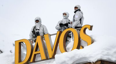 Tages-Anzeiger: Η Ελβετία εντόπισε Ρώσους κατασκόπους στο Νταβός που εμφανίσθηκαν ως υδραυλικοί