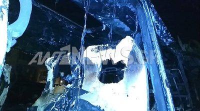Μπαράζ εμπρησμών για τρίτη συνεχόμενη νύχτα: Έκαψαν 20 αυτοκίνητα σε διάφορες περιοχές της Αθήνας