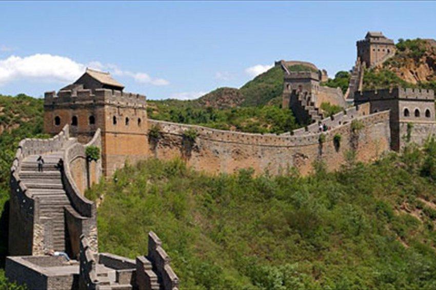 Νέος κοροναϊός: Η Κίνα κλείνει τομείς του Σινικού Τείχους