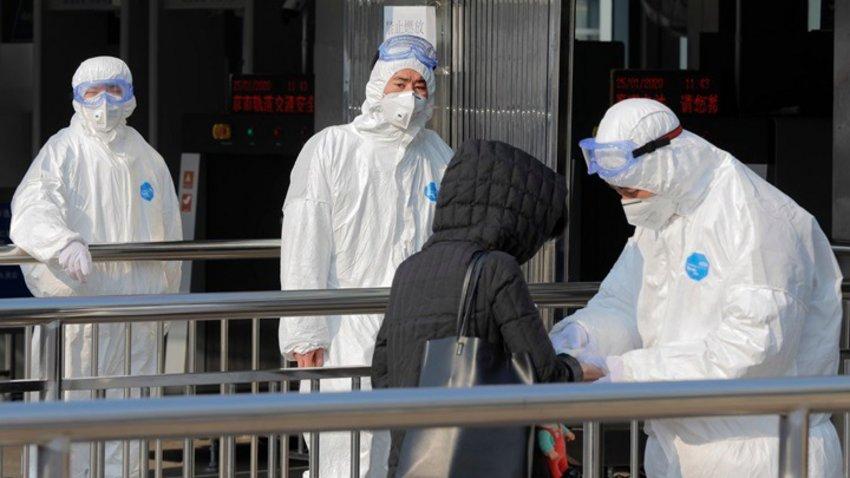 Σι Τζινπίνγκ: Η Κίνα αντιμετωπίζει μια σοβαρή κατάσταση - Ο κοροναϊός επιταχύνει την εξάπλωσή του