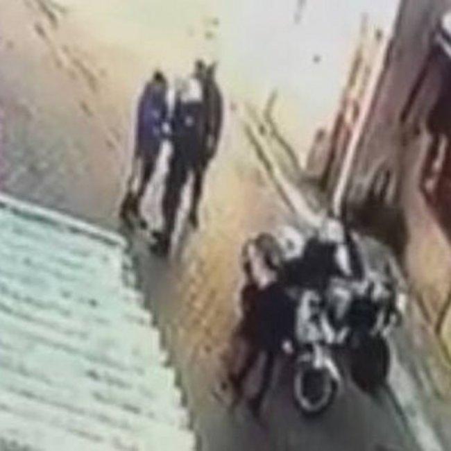 Αστυνομικός της ομάδας ΔΙ.ΑΣ. χτύπησε 11χρονο στο Μενίδι - Διατάχθηκε ΕΔΕ - BINTEO