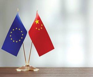 Ξεκινά ο επαναπατρισμός Ευρωπαίων από την Κίνα - Μόνο υγιείς παίρνουν άδεια να ταξιδέψουν