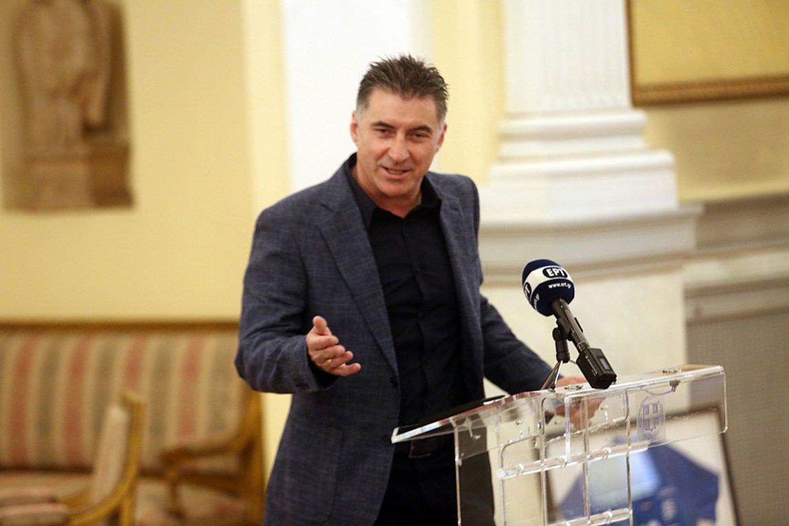Με απόφαση Μητσοτάκη διαγράφεται ο Ζαγοράκης από την ΚΟ των ευρωβουλευτών της ΝΔ - Πέτσας: Η κυβέρνηση δεν εκβιάζεται