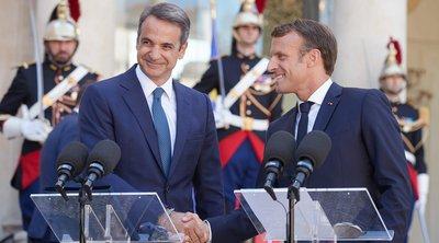 Συνάντηση Μητσοτάκη με Μακρόν στο Παρίσι–Στέλνουν ισχυρό μήνυμα συμμαχίας