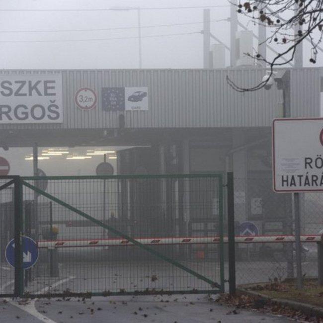 Επεισόδιο στα ουγγρικά σύνορα: Προειδοποιητικά πυρά αξιωματικού σε μετανάστες
