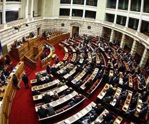 Εγκρίθηκε η τροπολογία για τις ποινές στο ποδόσφαιρο με ψήφους 156 υπέρ και 90 κατά - Απουσίαζαν Σαμαράς, Βαγιωνάς