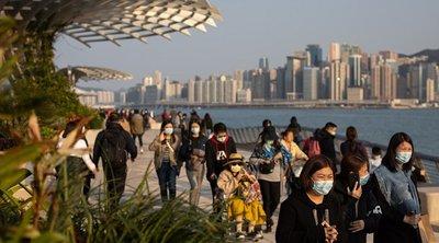 ΠΟΥ: Εναπόκειται στις κυβερνήσεις να αποφασίσουν εάν θα απομακρύνουν πολίτες από τις περιοχές της επιδημίας