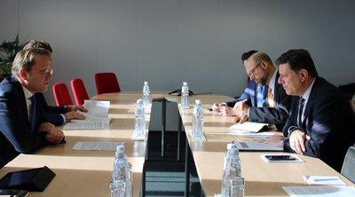 Συνάντηση Μ. Βαρβιτσιώτη- Ό. Βάρχελι με επίκεντρο την ευρωπαϊκή προοπτική των Δυτικών Βαλκανίων