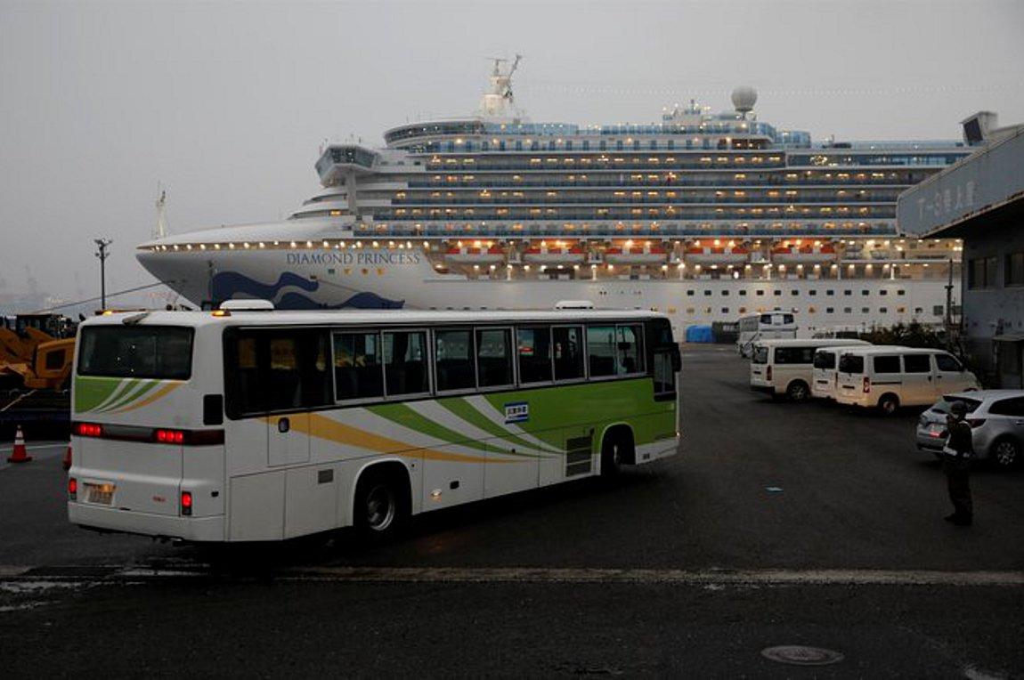Μαρτυρία από το Diamond Princess: Είμαστε σε «πλοίο φυλακή» - Επιχείρηση επαναπατρισμού για δύο Ελληνες