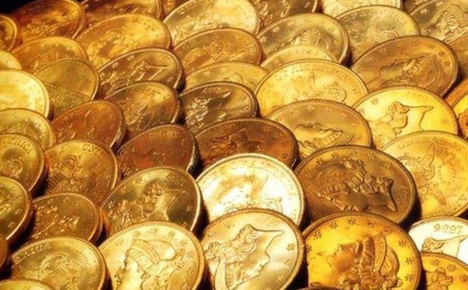 Βγάζουν τις λίρες από τα... στρώματα οι Έλληνες - Γιατί αυξήθηκαν οι ρευστοποιήσεις