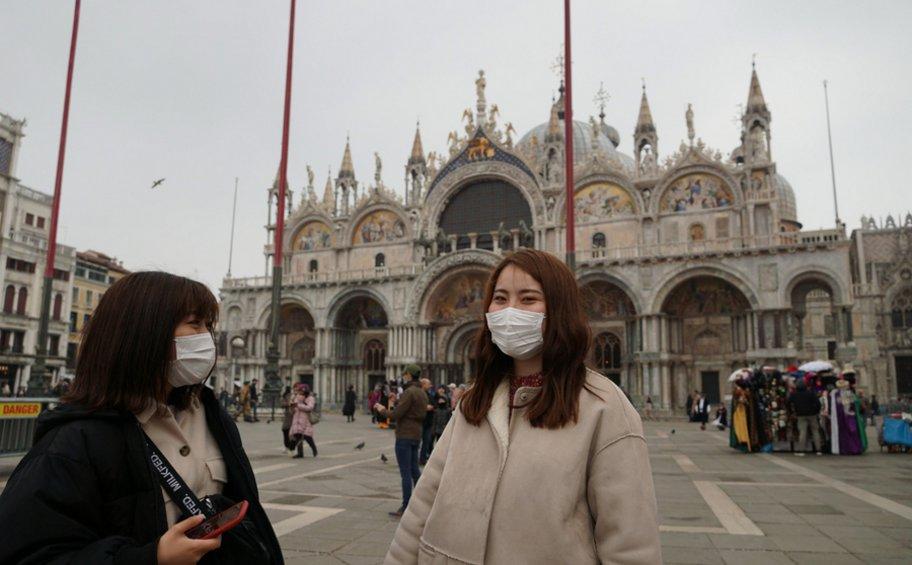 Ιταλία: Έρευνα για την εκτίναξη των τιμών σε μάσκες και απολυμαντικά ζελέ μετά το ξέσπασμα του κορωνοϊού