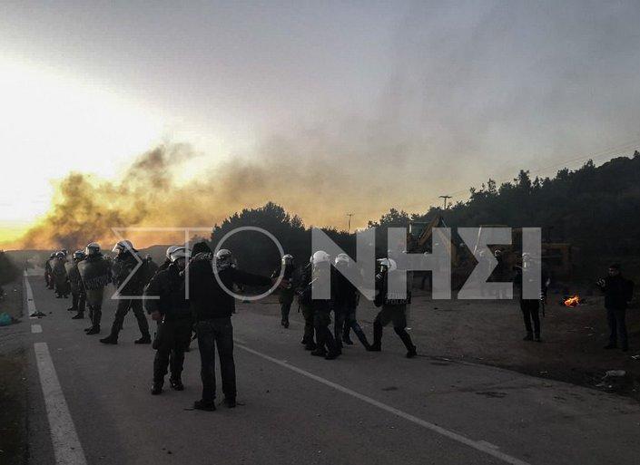 Mυτιλήνη: Επεισόδια στη θέση Καράβα Μανταμάδου, στην είσοδο που οδηγεί στην επιταγμένη έκταση Καβακλή