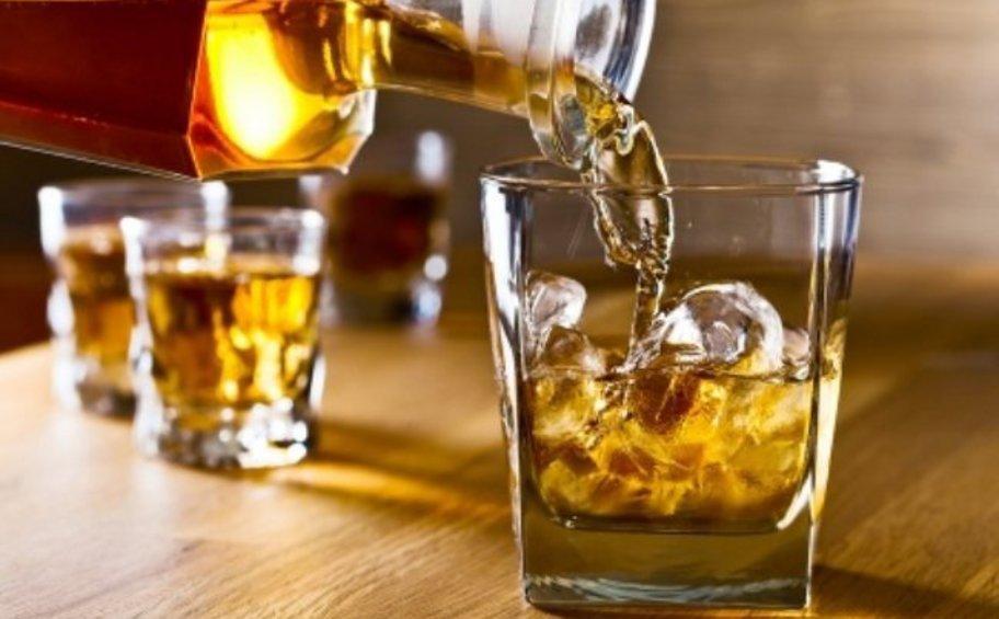 Ιεράπετρα: Αποβλήθηκαν 18 μαθητές για κατανάλωση αλκοόλ την Τσικνοπέμπτη